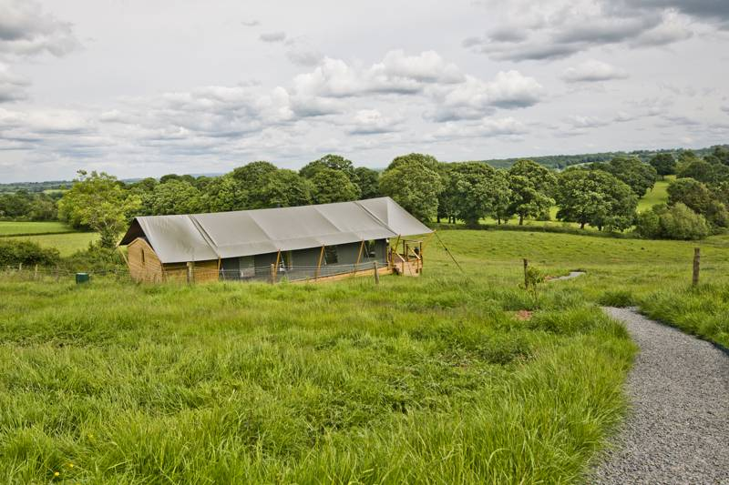 Darnells' Luxury Glamping Darnells Farm, Linton, Ross-on-Wye, Herefordshire HR9 7SQ.