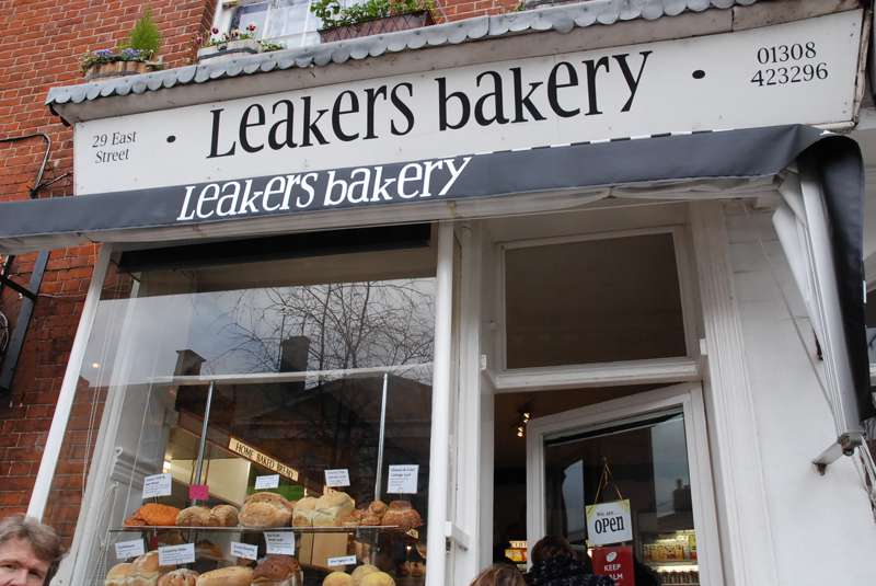 Leakers Bakery