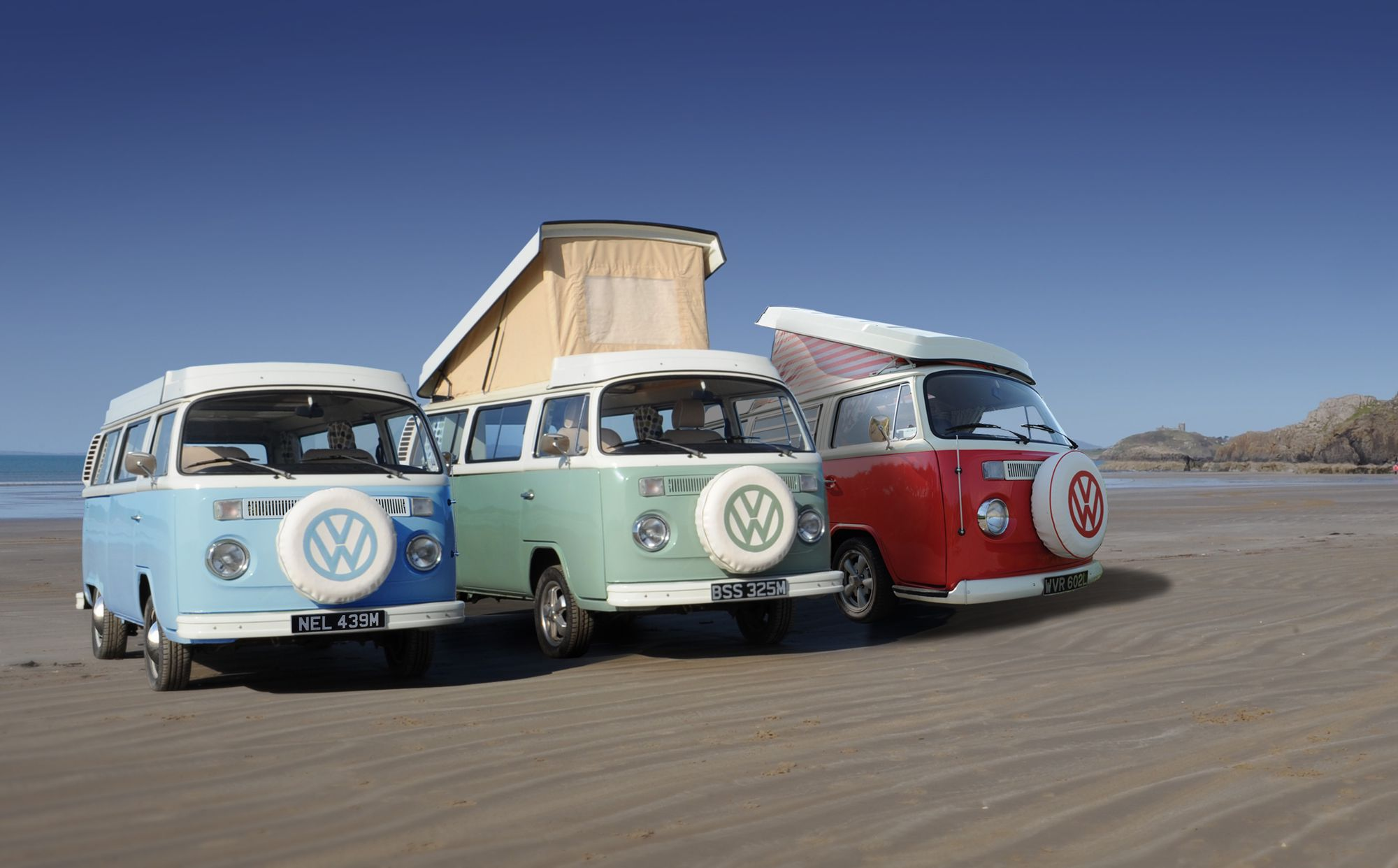 Campervans in Dinas Dinlle holidays at Cool Camping