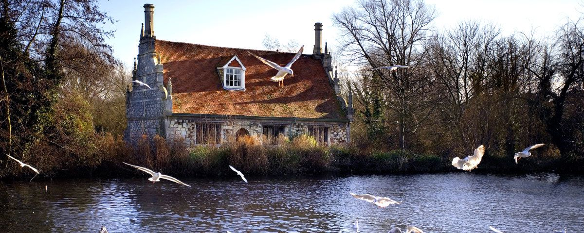 Hotels, Cottages, B&Bs & Glamping in Essex