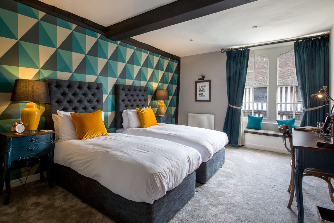 Hotels in Stratford upon Avon holidays at Cool Places