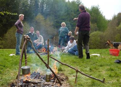 15 campsites and glamping sites with bushcraft courses