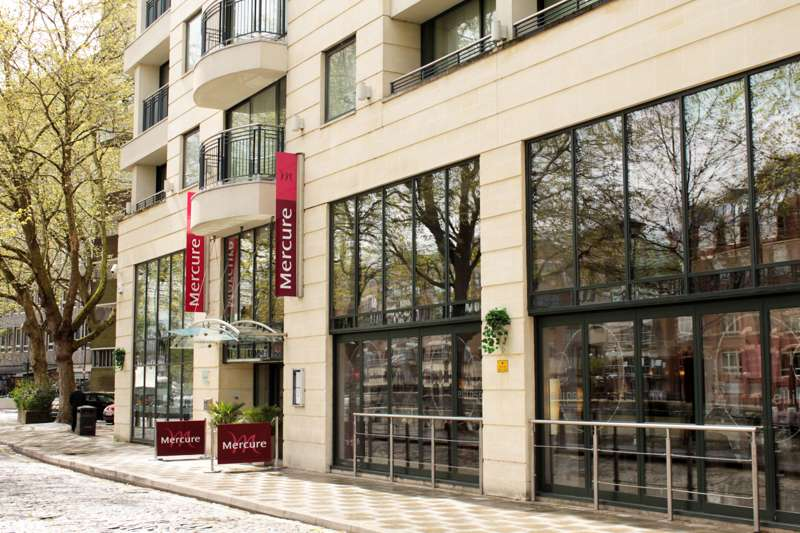 Mercure Bristol Brigstow 5–7 Welsh Back, Bristol BS1 4SP