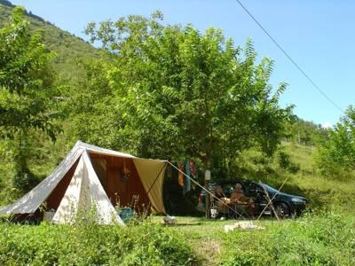 Camping le Gouffre de la Croix 1050 Route du pont de vezor, 38680 Chatelus, Isère, France