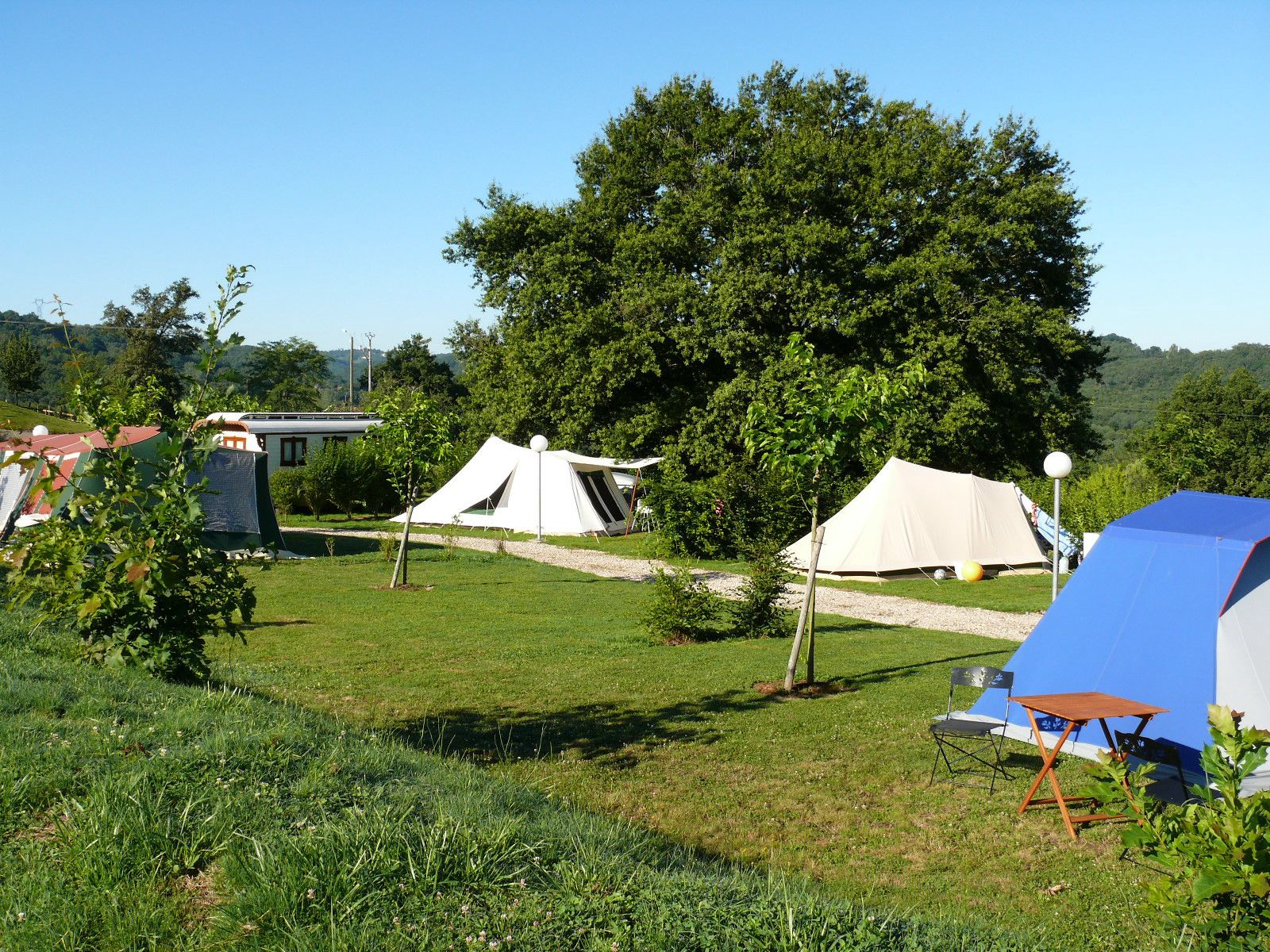 Scenery and serenity, perfect camping in the peaceful hills of Limousin.