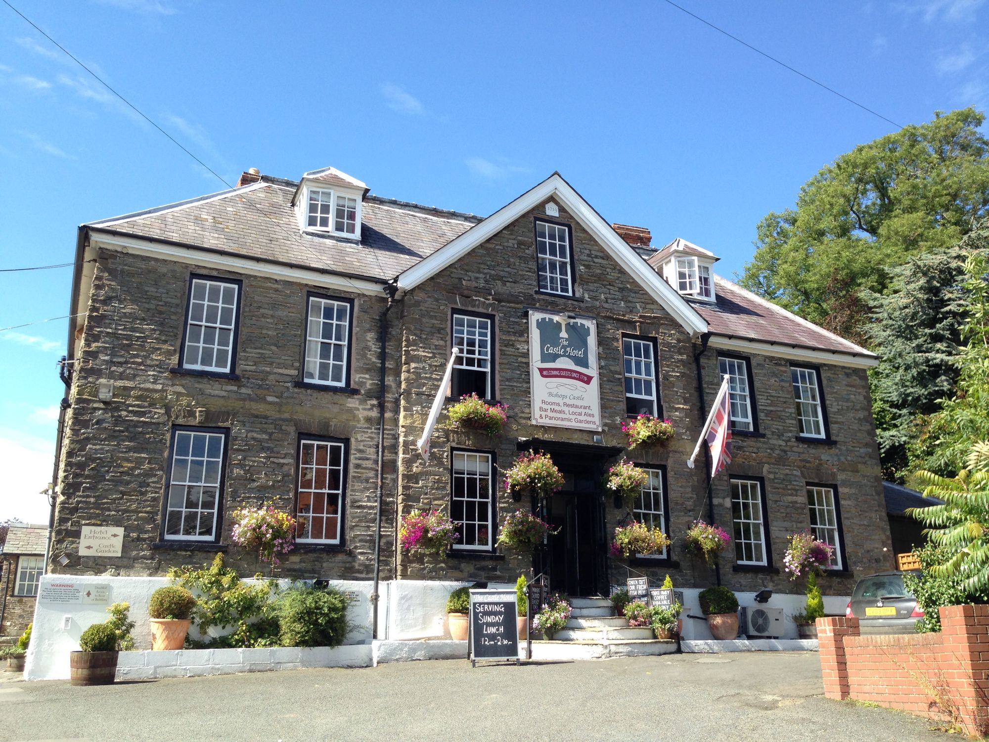 Hotels in Shropshire holidays at Cool Places