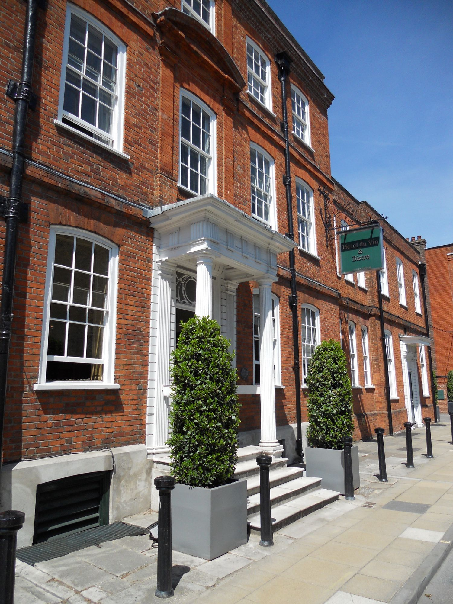 Hotels in Winchester holidays at Cool Places
