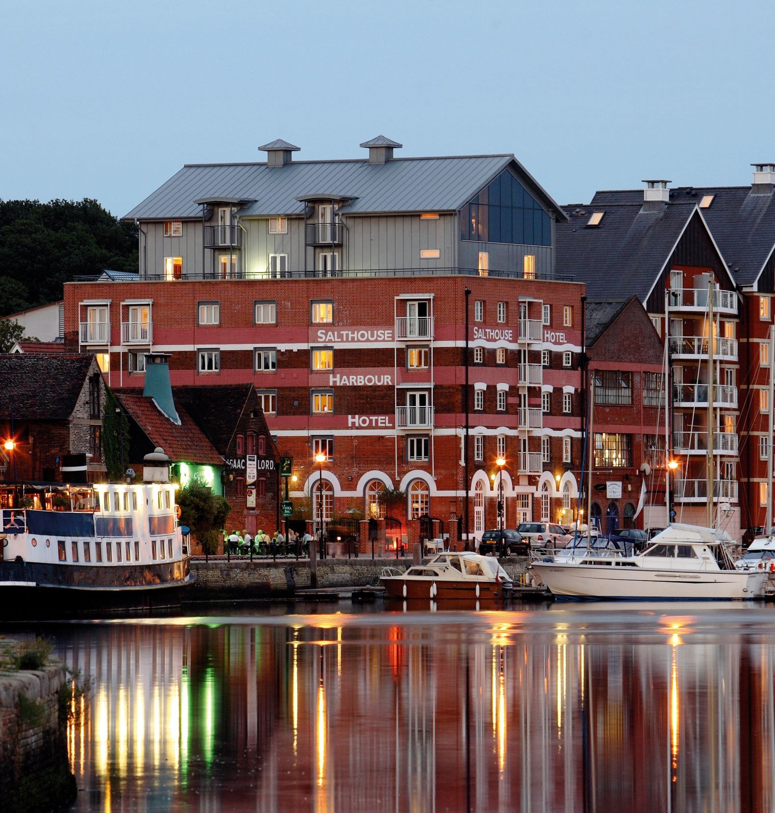 Hotels in Ipswich holidays at Cool Places