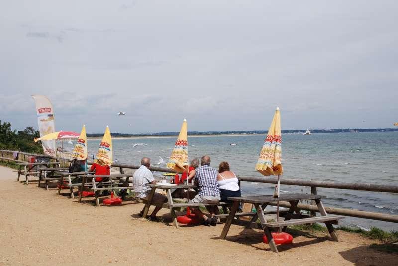 Middle Beach Café