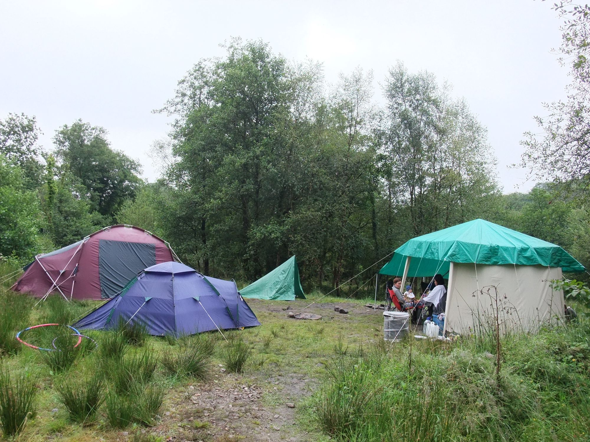 You can come to the Lone Wolf campsite and stay on one of its two small 'normal' fields if you like.