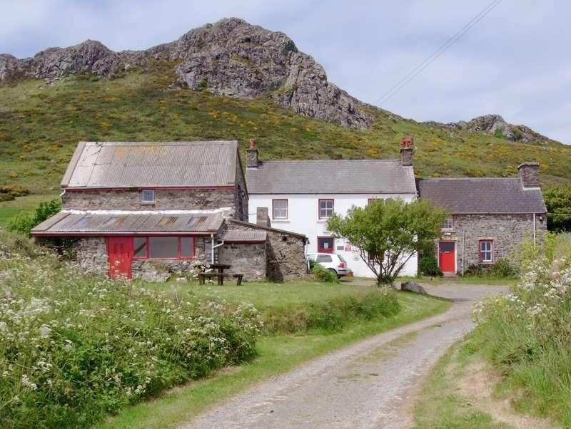 YHA St Davids Llaethdy Whitesands Pembrokeshire SA62 6PR