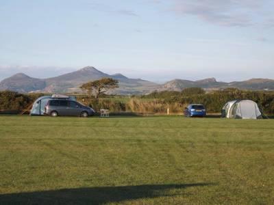 Hirdre Fawr Hirdre Fawr Farm, Tudweiliog, Pwllheli, Gwynedd LL53 8YY