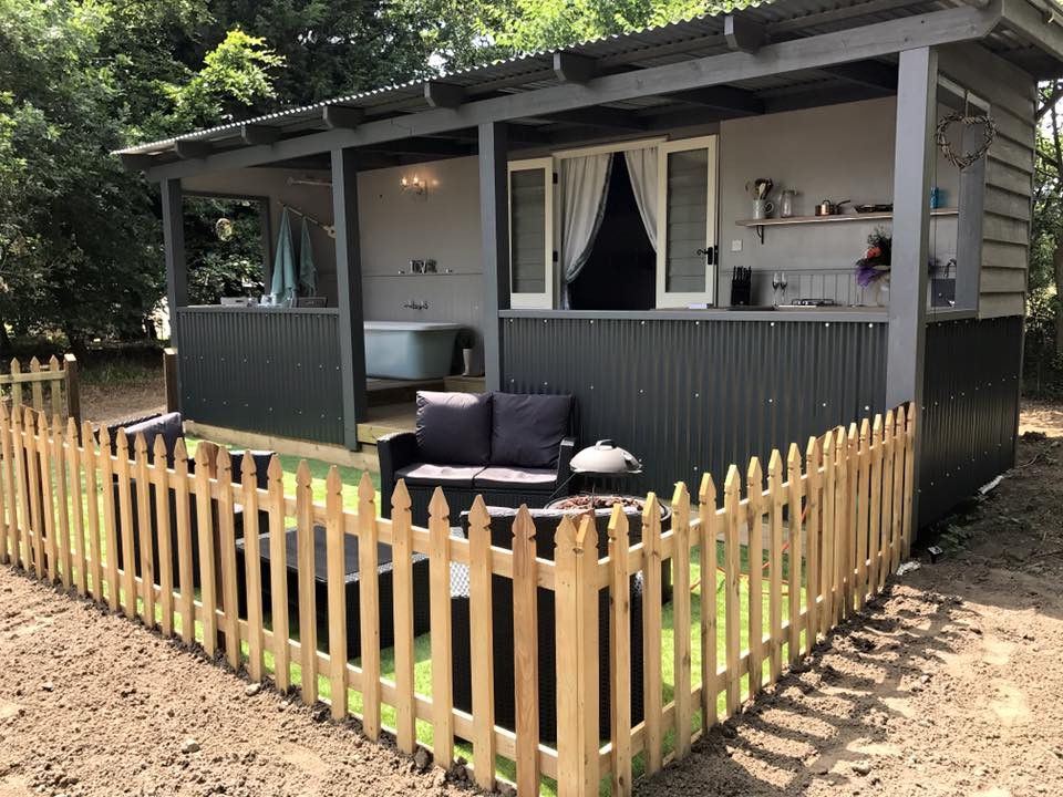 Glamping in Attleborough holidays at Glampingly