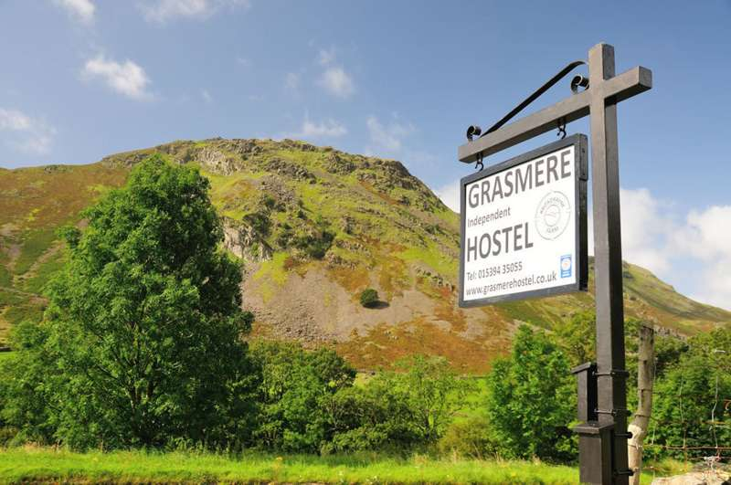 UK Hostels - best UK hostels - Cool Places to Stay in the UK