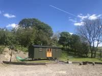 Brondel Shepherd's Hut Hideaway