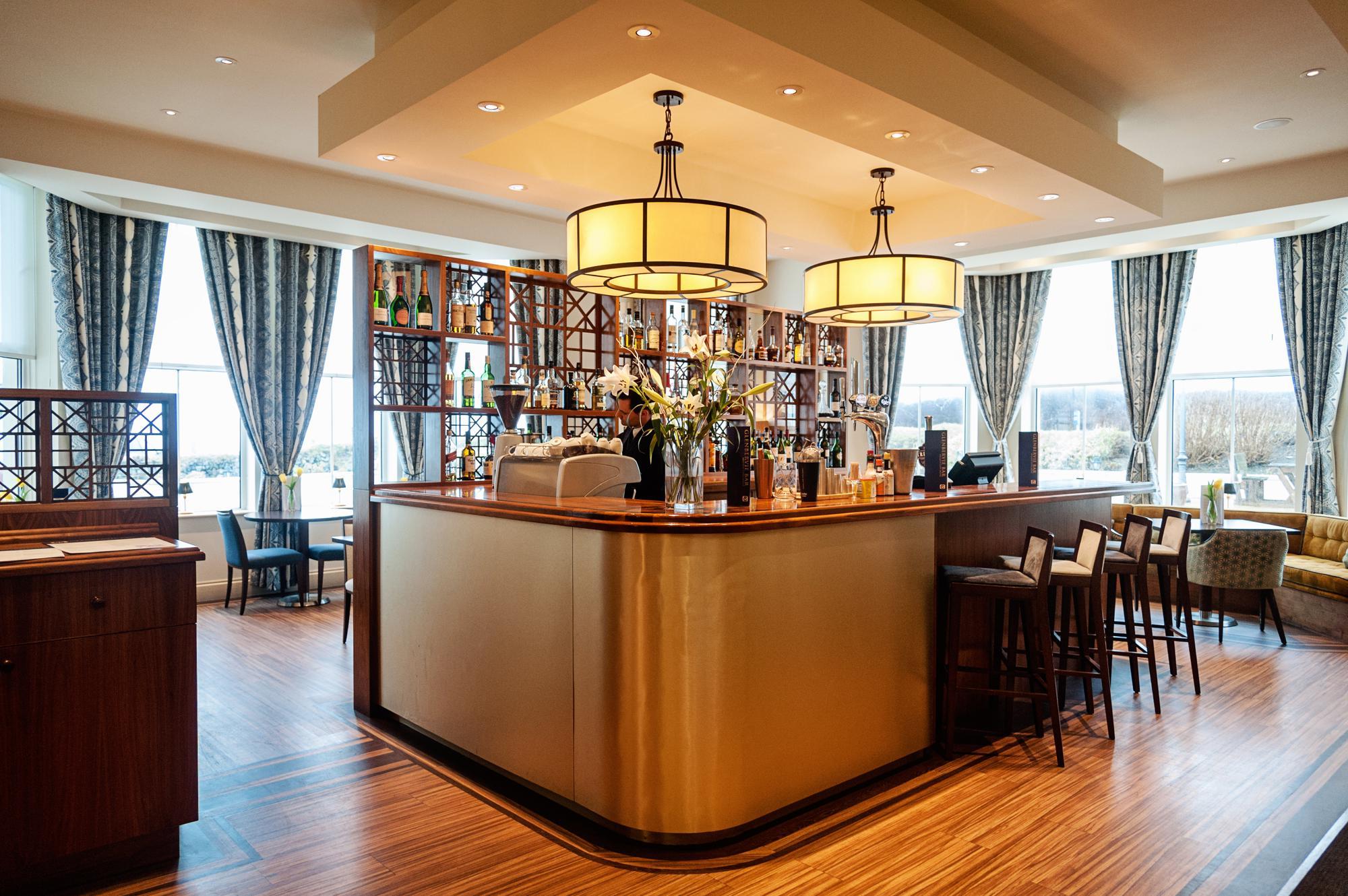 Mullion Cove Hotel Bar and Restaurant