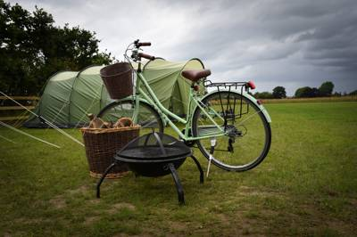 Tents-only Norfolk camping on the edge of Hickling Broad National Nature Reserve, the largest of the Norfolk Broads and conveniently within driving range of the coast.