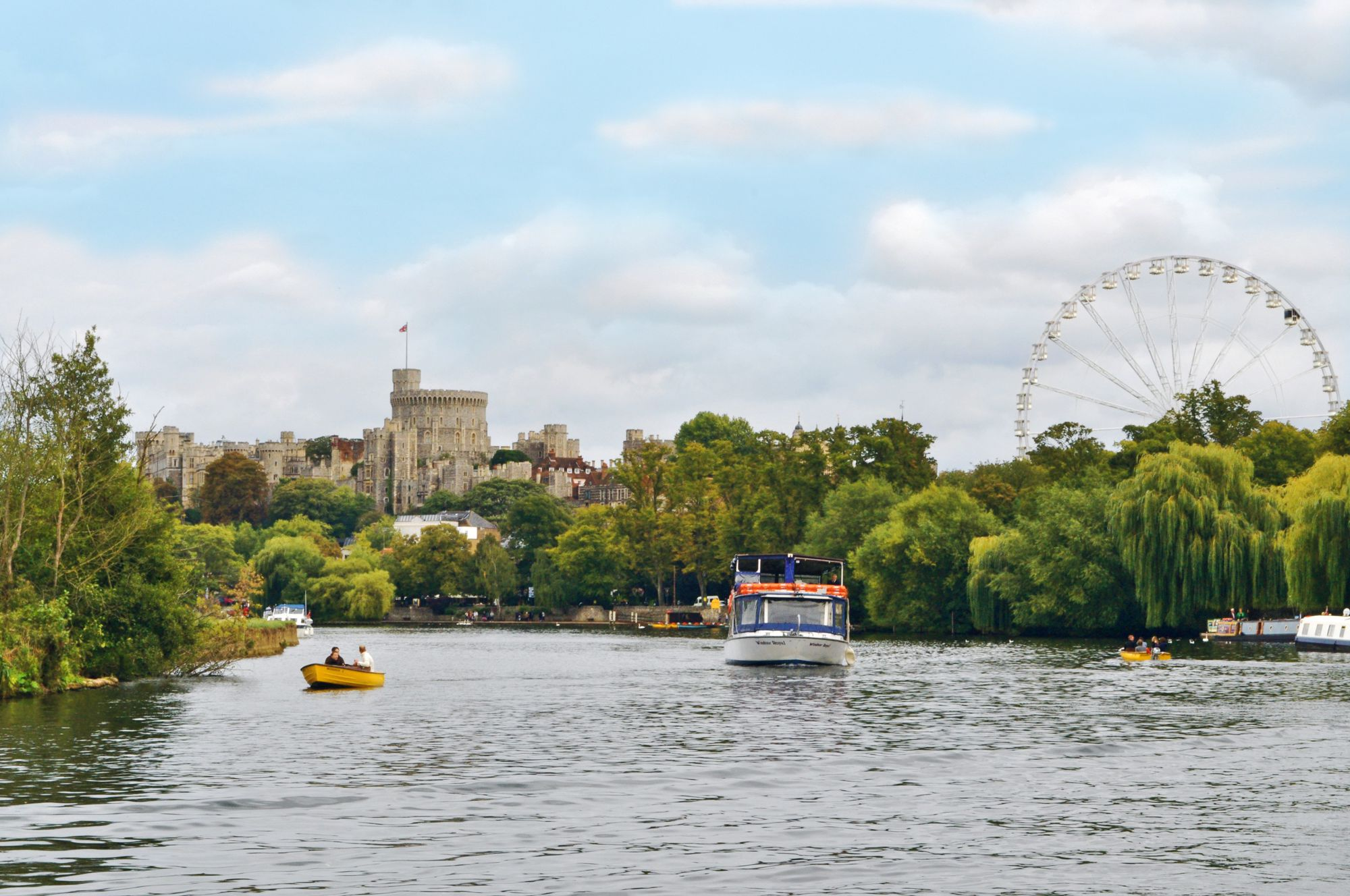Hotels, B&Bs & Self-Catering in Windsor