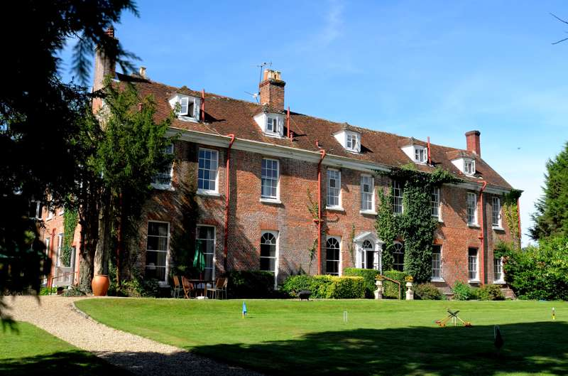 New Park Manor Country House Hotel