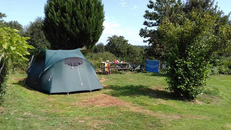 In the heart of the Limousin countryside, Chez Rambaud has just 7 spacious, individually hedged pitches.