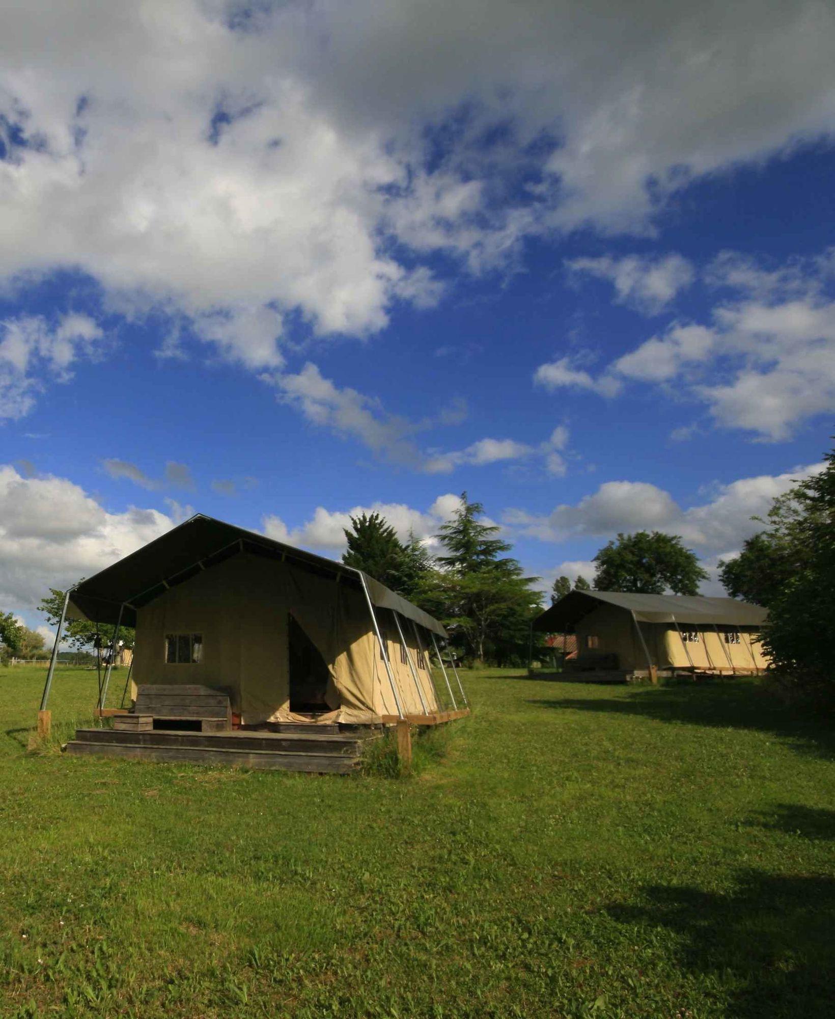Safari Tent Glamping in France