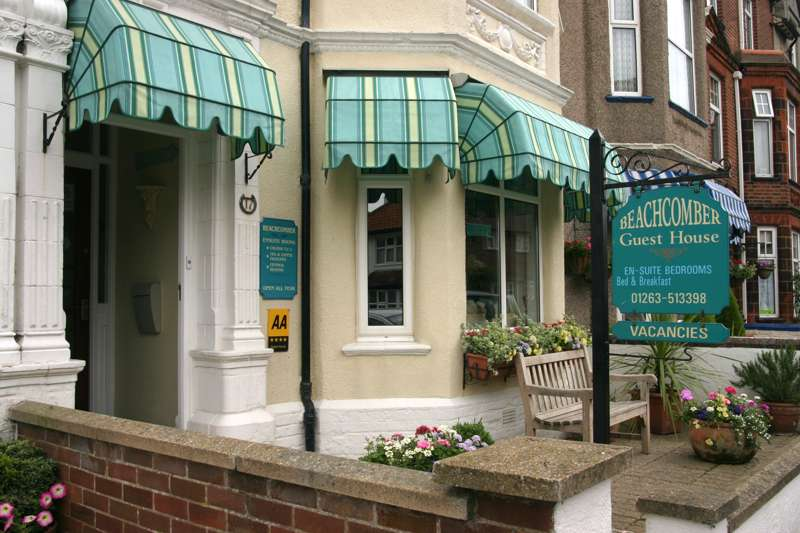 Beachcomber B&B 17 Macdonald Road Cromer NR27 9AP