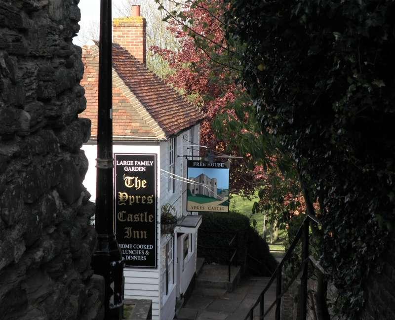 Ypres Castle Inn