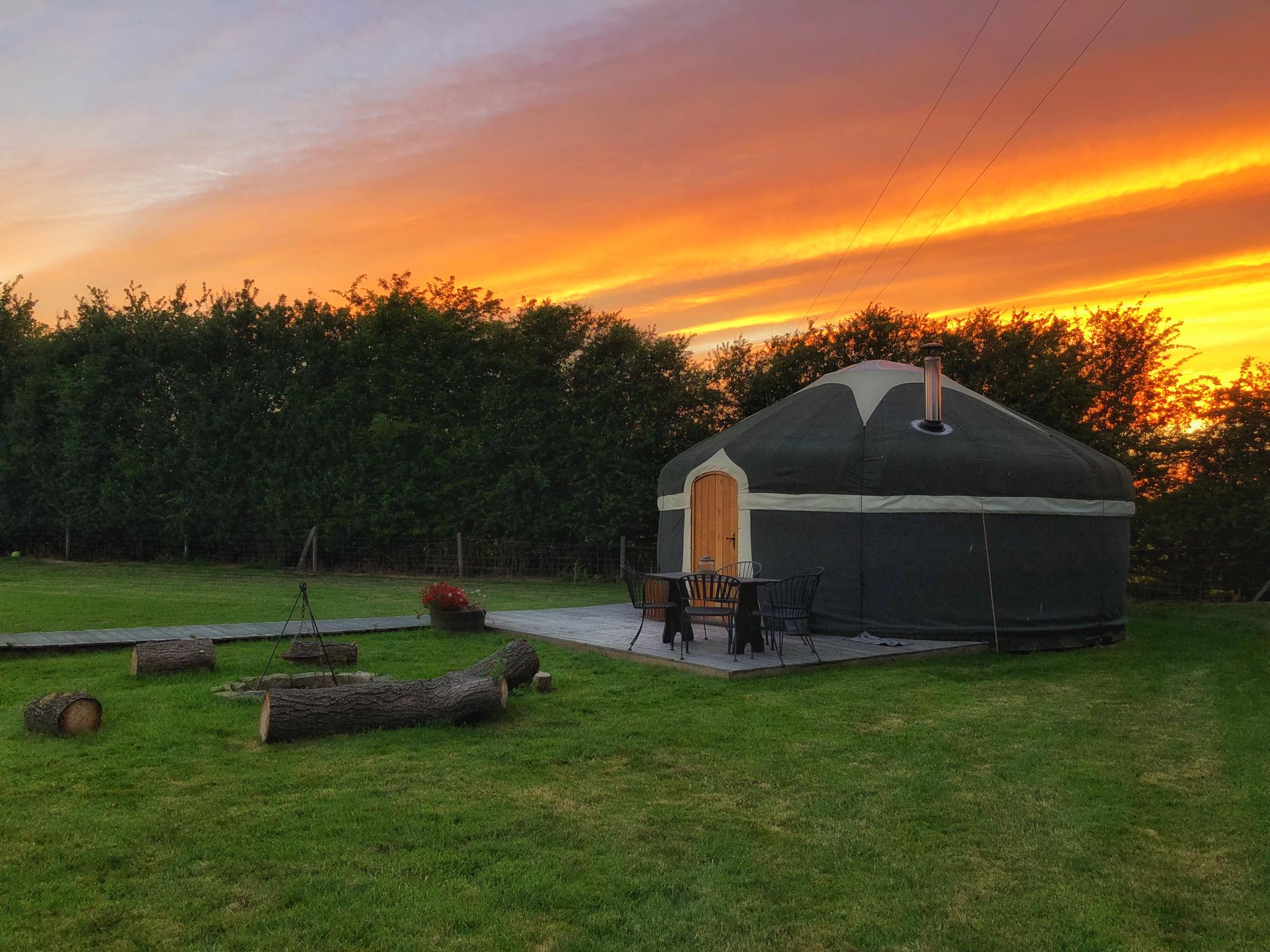 Glamping in Burton upon Trent – Glampingly