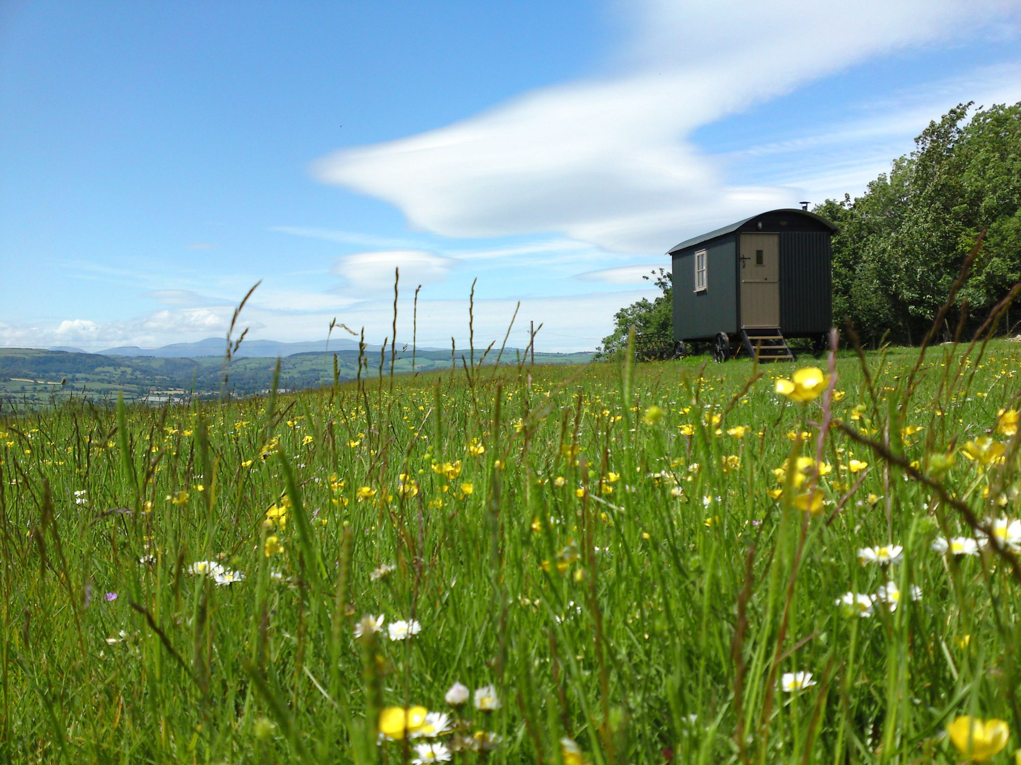 Mountain Lodge Glamping, Wales