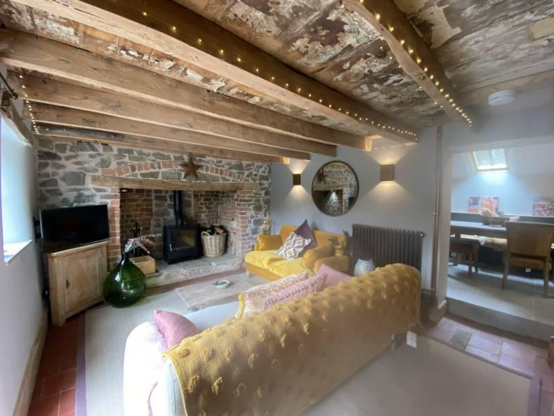 Elsie's Cottage Whiteleaved Oak, Bromsberrow, Ledbury, Worcestershire HR8 1SE