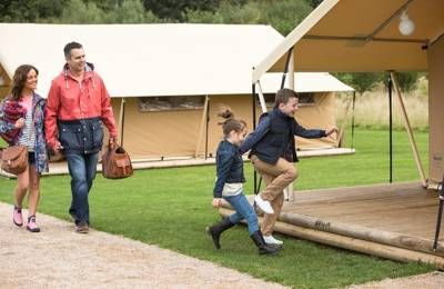 Camping and glamping on the doorstep of Drayton Manor, England's best loved theme park.