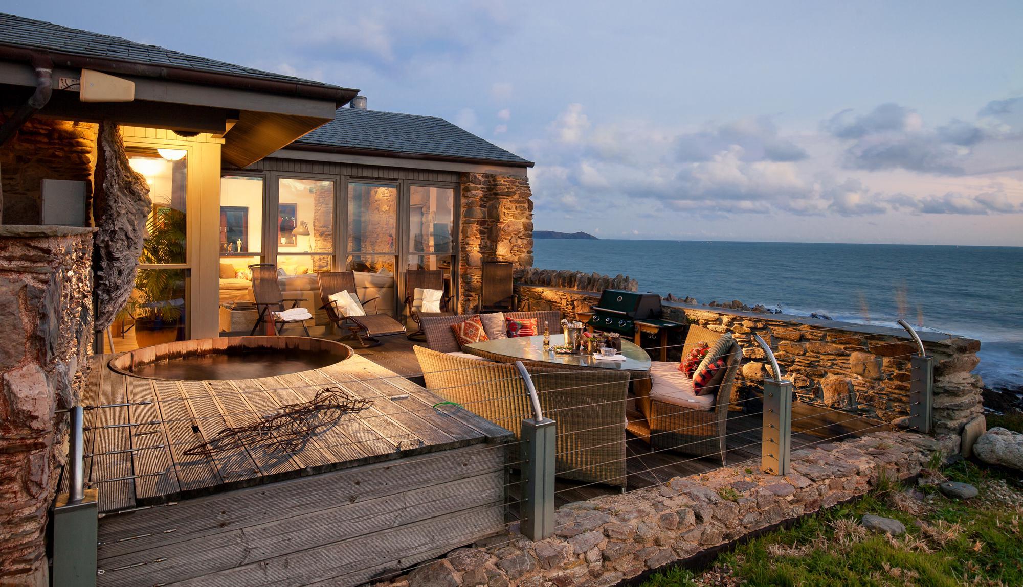South West Beach House Design Project: Buddha Beach House, Cornwall