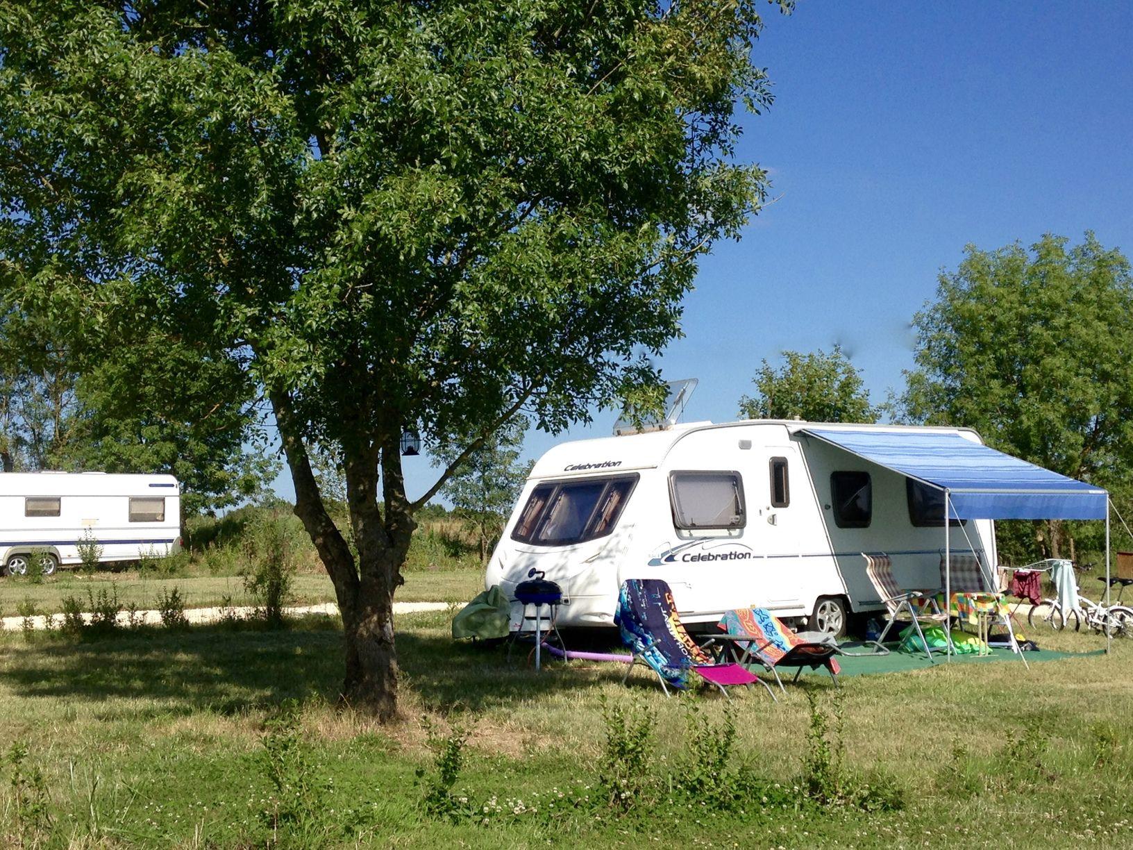 Camping Lune Sur Le Lac