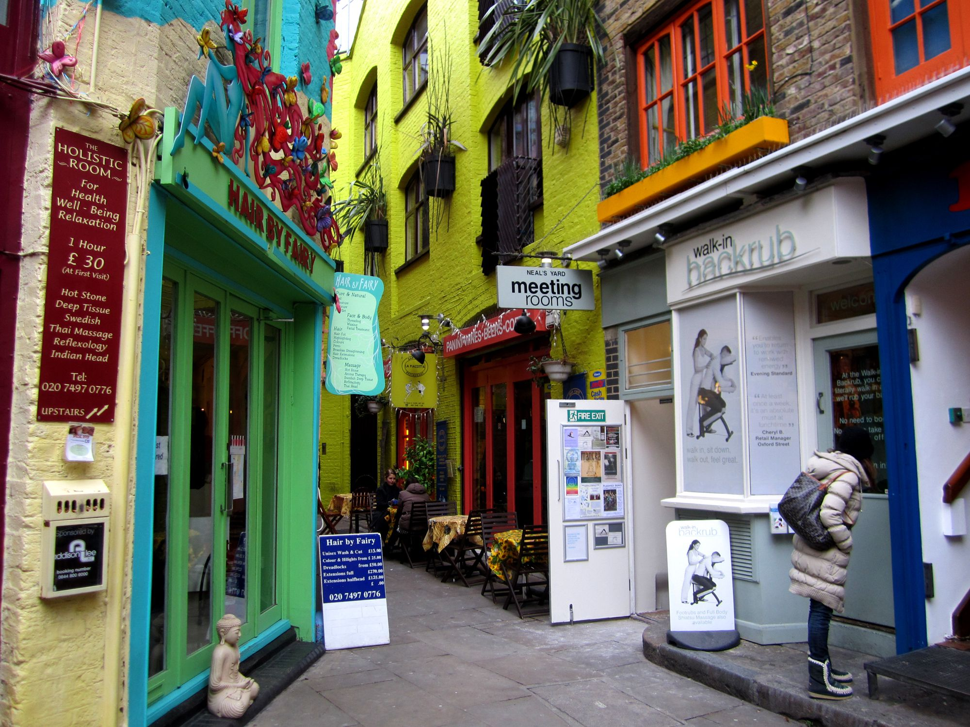 The Cool Places guide to Covent Garden, central London's liveliest and most visited neighbourhood