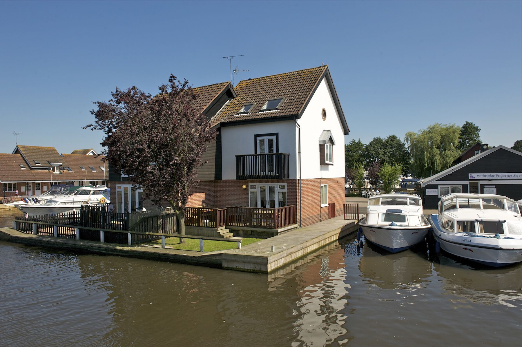 Norfolk Broads Direct Cottage Holidays
