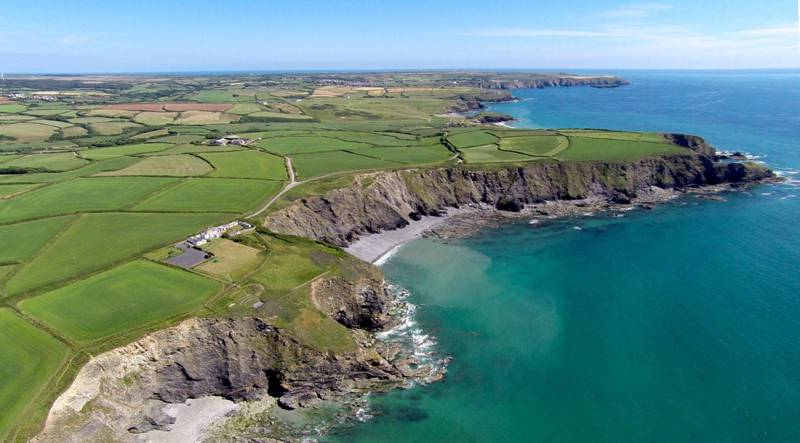 Hotels, Cottages, B&Bs & Glamping in England
