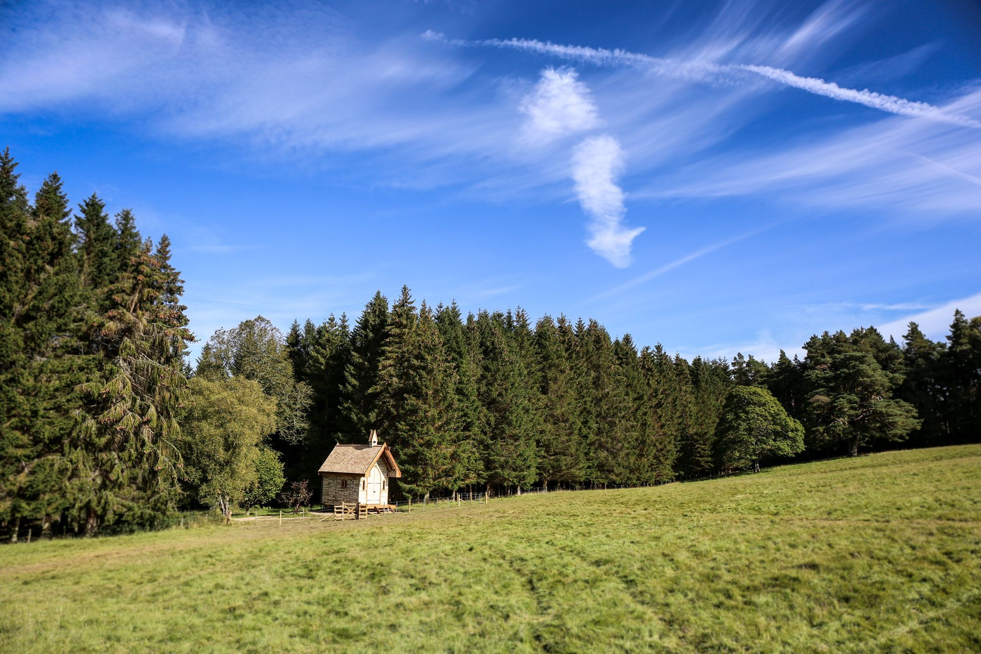 Luxury shepherds hut glamping in the heart of the Northumberland National Park.