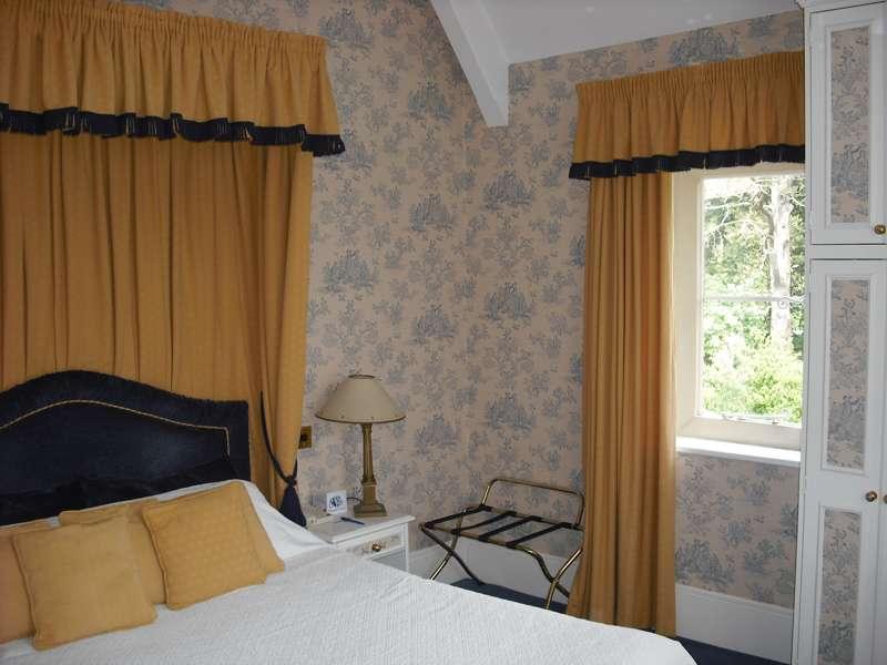 Abbots Barton Hotel