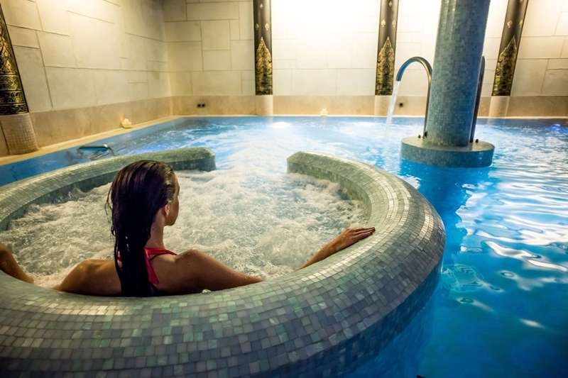 Glam weekend retreats - best UK hotels with spas & restaurants - Cool Places to Stay in the UK