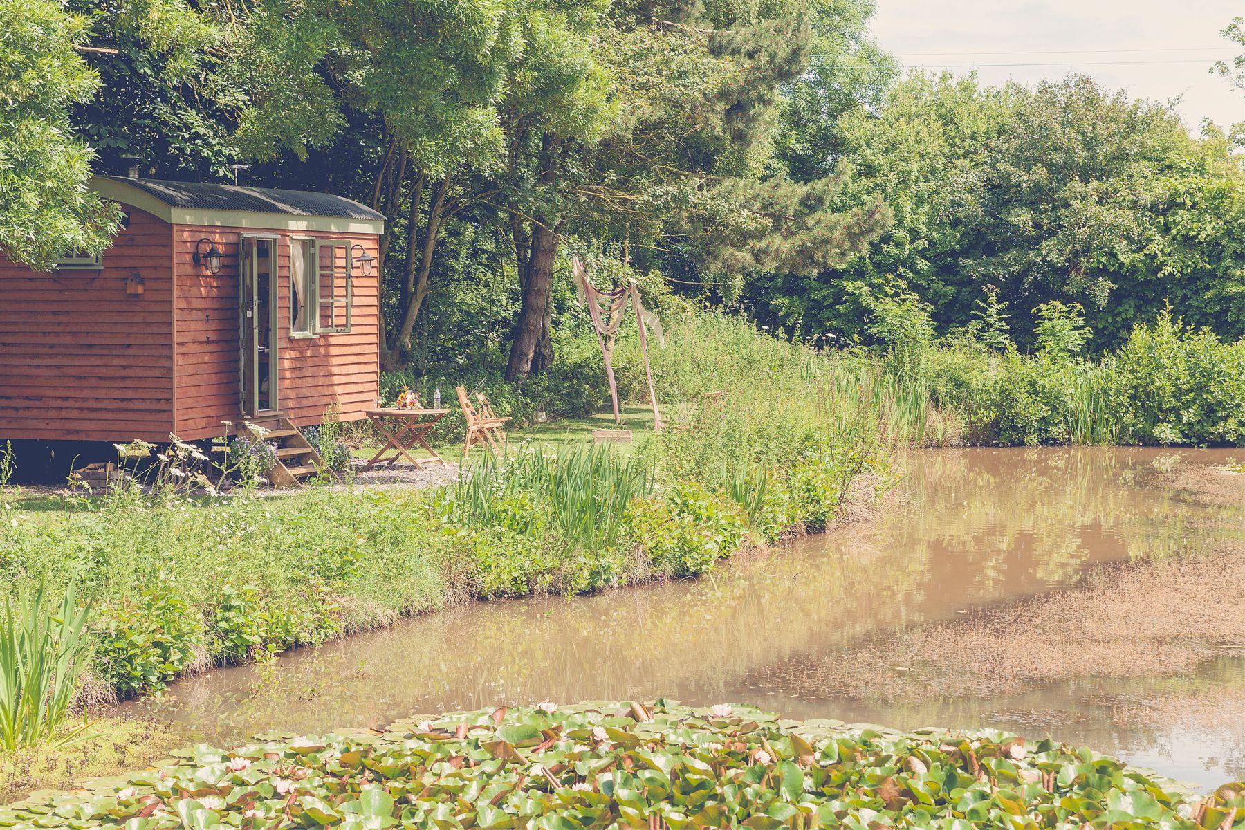 Little Otchan Shepherd Hut