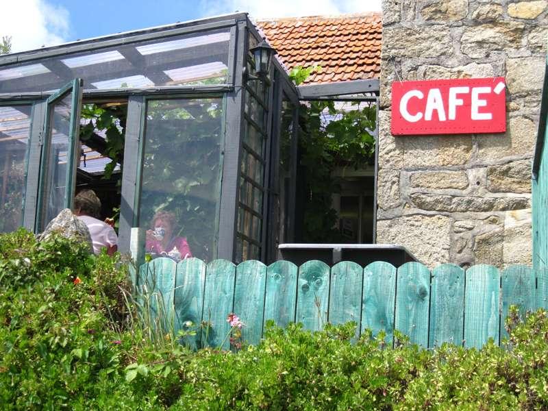 Little Arthur Wholefood Café