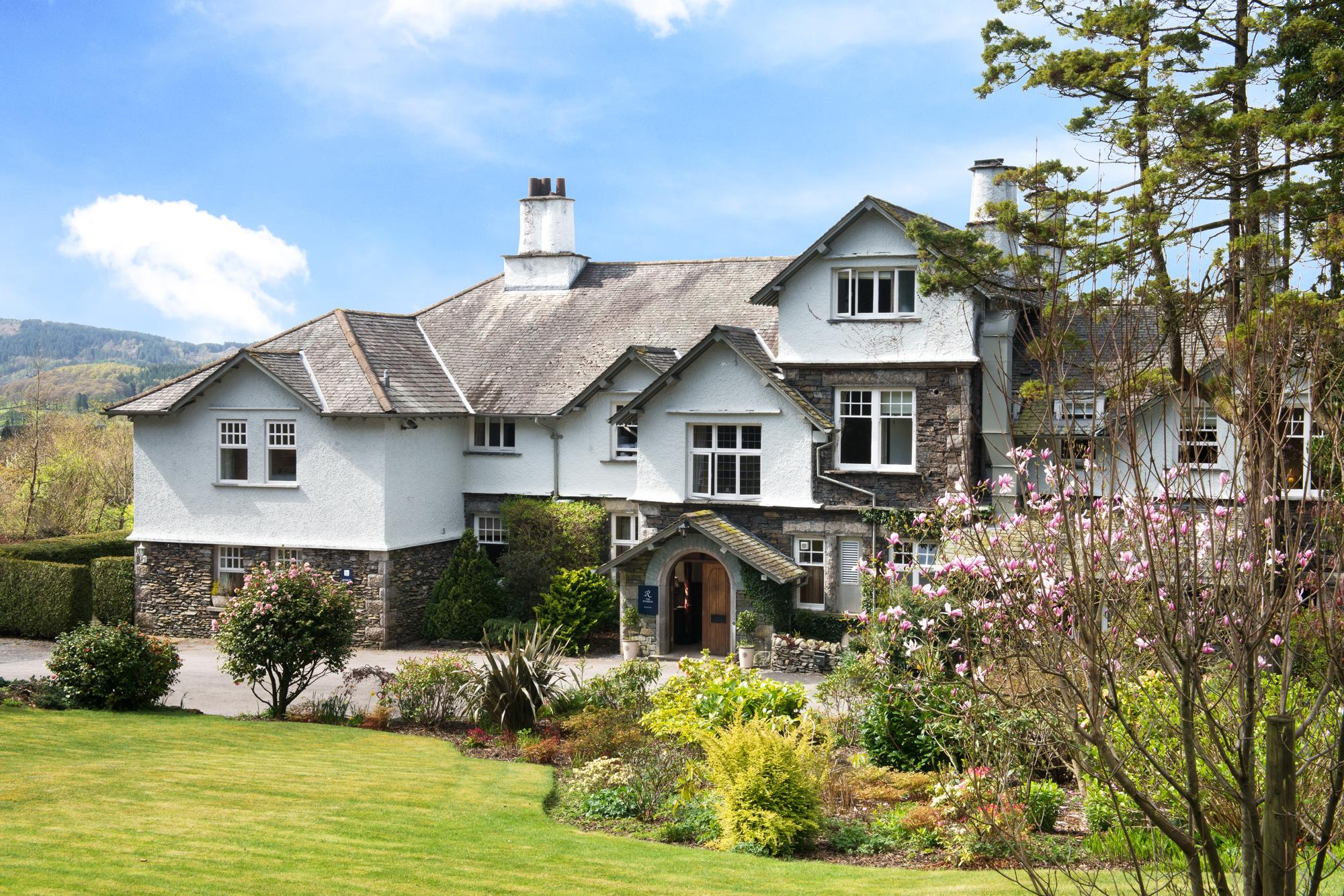 Hotels in Bowness on Windermere holidays at Cool Places