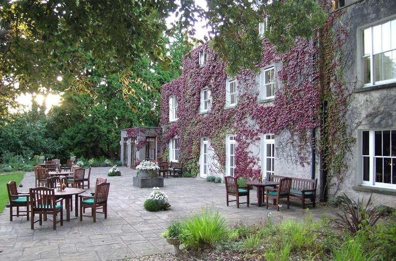 Hotels, B&Bs & Self-Catering in Glamorgan - Cool Places to Stay in the UK