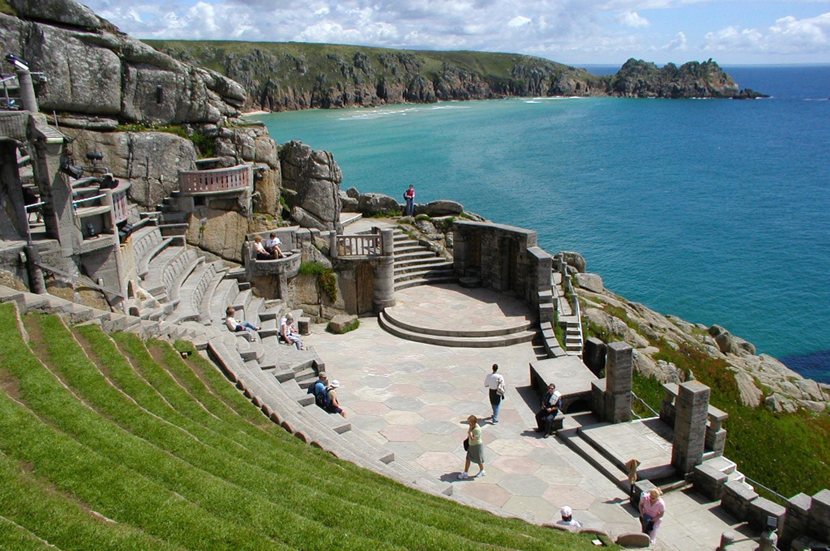 Porthcurno Camping – Campsites near Porthcurno, Cornwall