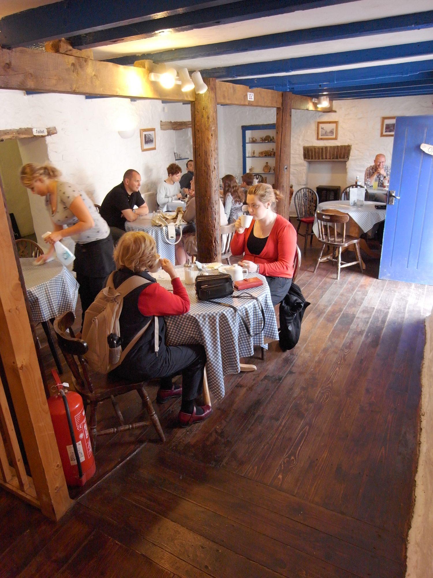 Jones Restaurant and Café