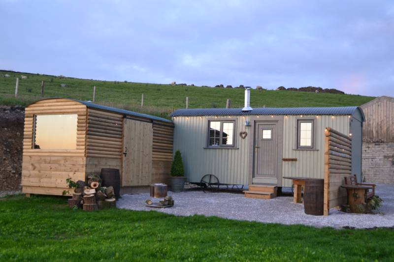 Luxury shepherd's hut in the beautiful Lancashire countryside