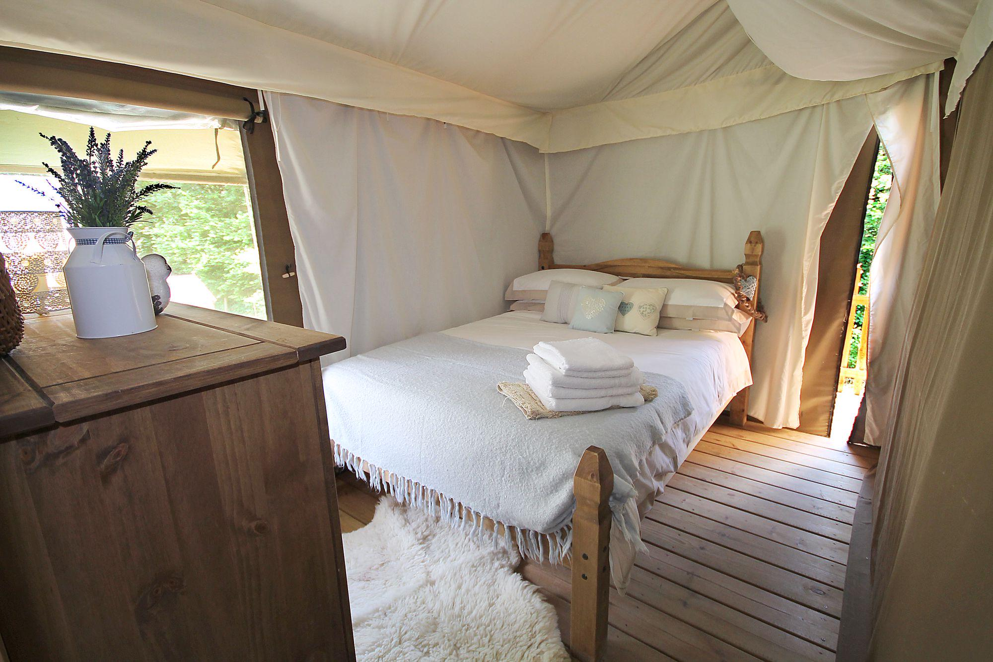 Glamping in Lot | Best Glamping Sites in Lot, France