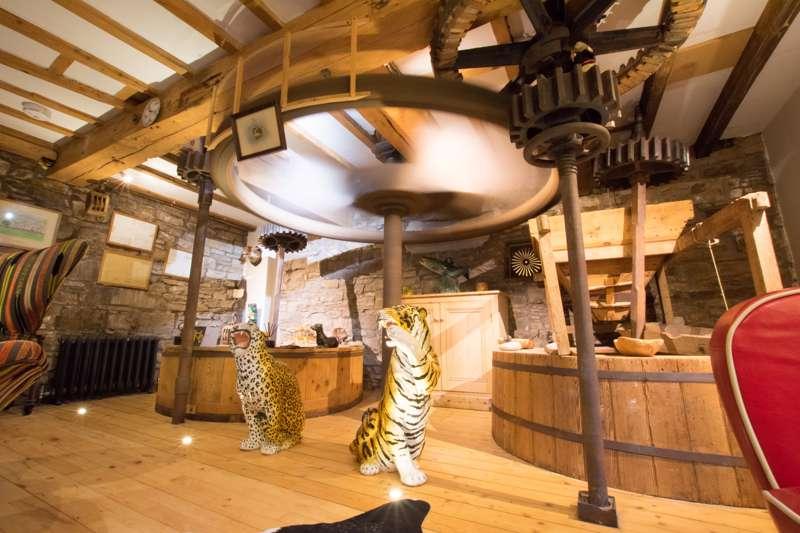 Low Mill Guest House Bainbridge Leyburn North Yorkshire DL8 3EF
