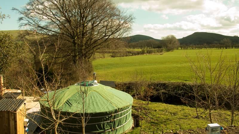 Gaia's Hideaway Upper Hurst Farm, Hulme End, Near Hartington, Buxton, Derbyshire SK17 0HH