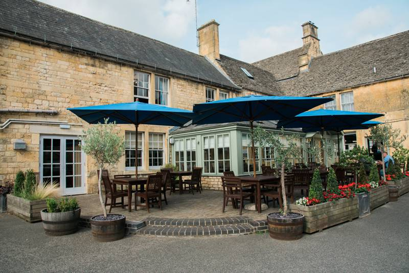 The Noel Arms Lower High St, Chipping Campden, Gloucestershire GL55 6AT